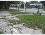 3631 45th Ave - Photo 3