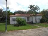 9833 Miami Ave - Photo 2