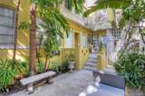 1415 Collins Ave - Photo 4