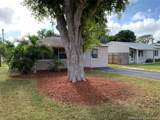 1428 3rd Ave - Photo 3