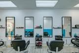 Barbershop On Us-1 - Photo 1