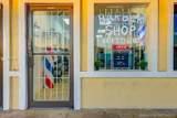 Barbershop On Us-1 - Photo 5
