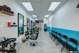 Barbershop On Us-1 - Photo 8