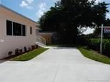 8911 Miami Ave - Photo 3