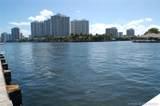 3135 Ocean Dr - Photo 2
