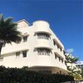 2730 Collins Ave - Photo 4