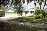 1424 49th Ave - Photo 1