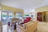 560 Hampton Ln - Photo 7