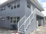 1131 7th St - Photo 3
