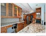 6301 Collins Ave - Photo 17