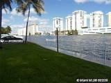 1000 Parkview Dr - Photo 7