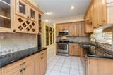 11207 Lakeview Dr - Photo 17