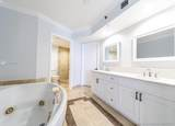 19333 Collins Ave - Photo 17