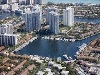 21205 Yacht Club Dr #1808, Aventura, FL 33180 (MLS #A10266907) :: Green Realty Properties