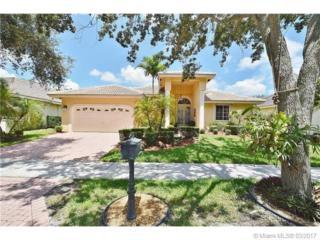 2864 N Oakbrook Dr, Weston, FL 33332 (MLS #A10245671) :: Green Realty Properties