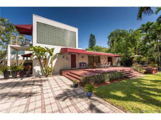 2507 Trapp Ave, Coconut Grove, FL 33133 (MLS #A10272051) :: The Riley Smith Group