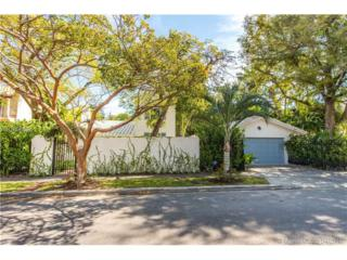 3531 Crystal Ct, Coconut Grove, FL 33133 (MLS #A10256826) :: The Riley Smith Group