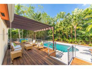 2700 Hilola St, Coconut Grove, FL 33133 (MLS #A10277145) :: The Riley Smith Group