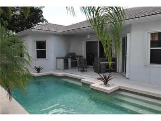 221 SW 167th Ave, Pembroke Pines, FL 33027 (MLS #A10175580) :: Green Realty Properties