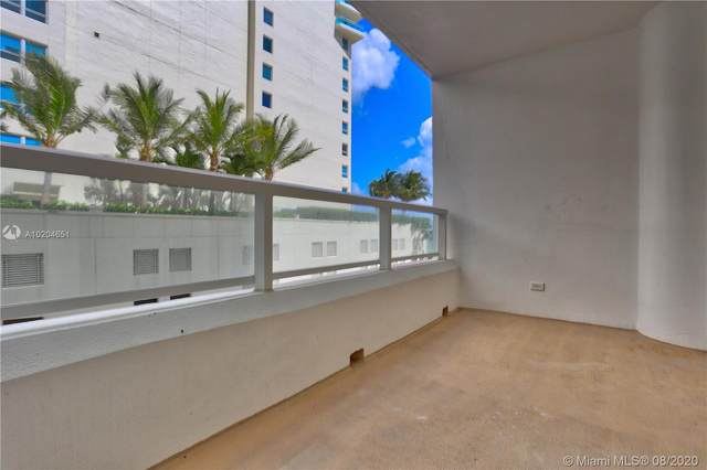 5005 Collins Av #523, Miami Beach, FL 33140 (MLS #A10204651) :: Berkshire Hathaway HomeServices EWM Realty