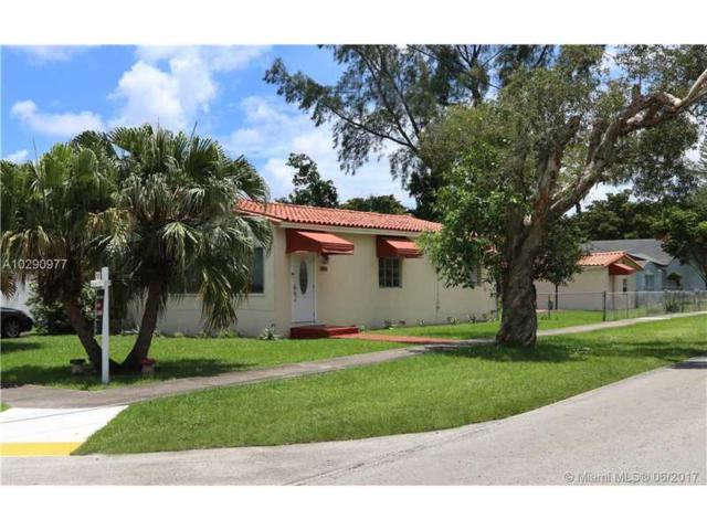 589 De Leon Drive, Miami Springs, FL 33166 (MLS #A10290977) :: Green Realty Properties
