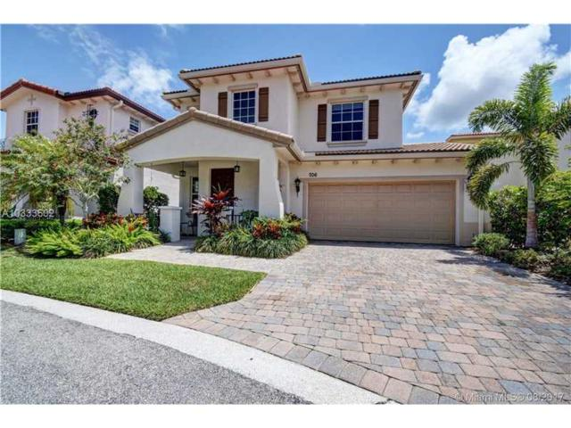706 Duchess Ct, Palm Beach Gardens, FL 33410 (MLS #A10333602) :: The Teri Arbogast Team at Keller Williams Partners SW