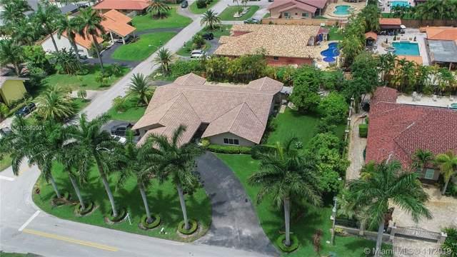 13340 NW 104th Ave, Hialeah Gardens, FL 33018 (MLS #A10682031) :: Grove Properties