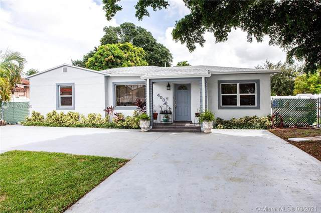 4030 NW 9th St, Miami, FL 33126 (MLS #A10912390) :: The Riley Smith Group