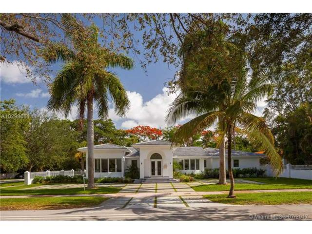 1331 Sevilla Ave, Coral Gables, FL 33134 (MLS #A10298684) :: The Riley Smith Group