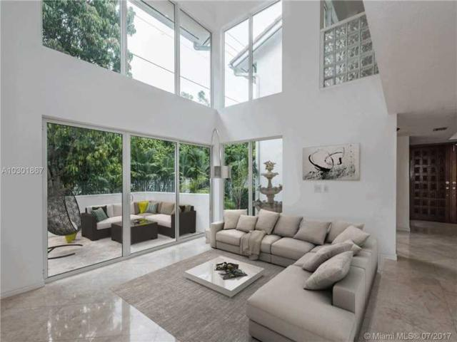 4000 Alhambra Cir, Coral Gables, FL 33146 (MLS #A10301867) :: The Riley Smith Group