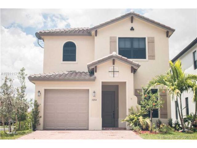 3204 W 96th Pl, Hialeah Gardens, FL 33018 (MLS #A10311121) :: Green Realty Properties