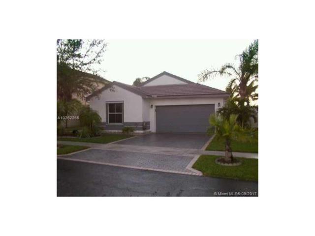 2100 NW 191st Ave, Pembroke Pines, FL 33029 (MLS #A10262265) :: Stanley Rosen Group