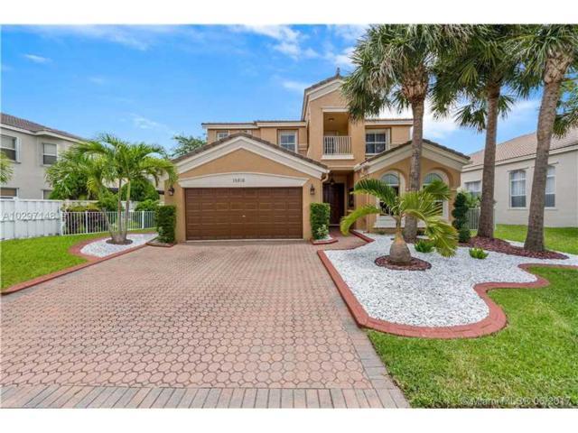 15818 SW 49th Ct, Miramar, FL 33027 (MLS #A10297148) :: Christopher Tello PA