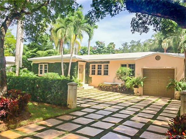 712 Sevilla Ave, Coral Gables, FL 33134 (MLS #A10298123) :: The Riley Smith Group