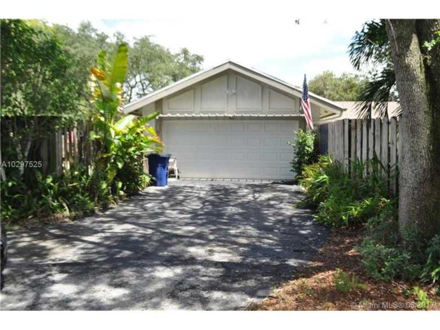 7 Fir Way, Cooper City, FL 33026 (MLS #A10297525) :: RE/MAX Presidential Real Estate Group