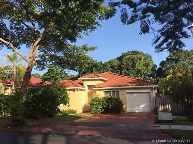 16296 SW 83rd Ln, Miami, FL 33193 (MLS #A10331071) :: The Teri Arbogast Team at Keller Williams Partners SW
