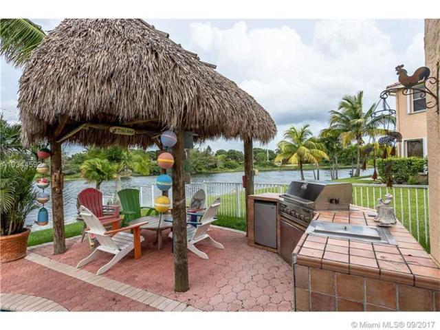 17301 SW 33rd St, Miramar, FL 33029 (MLS #A10344592) :: Green Realty Properties