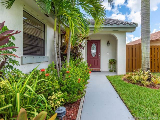 2270 Atlanta, Weston, FL 33326 (MLS #A10740041) :: Green Realty Properties