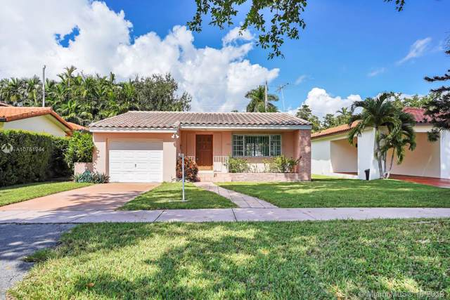 1225 La Mancha Ave, Coral Gables, FL 33134 (MLS #A10751944) :: Laurie Finkelstein Reader Team
