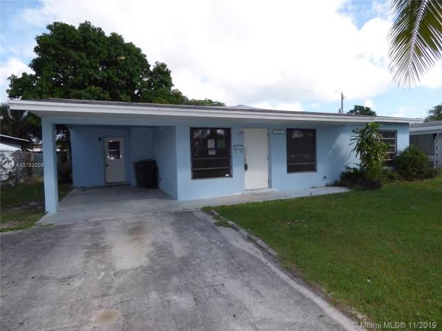 1580 W 12th St, Riviera Beach, FL 33404 (MLS #A10752008) :: Green Realty Properties
