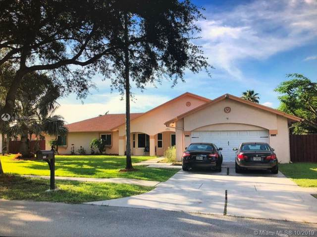 20261 NW 3rd St, Pembroke Pines, FL 33029 (MLS #A10752308) :: RE/MAX Presidential Real Estate Group
