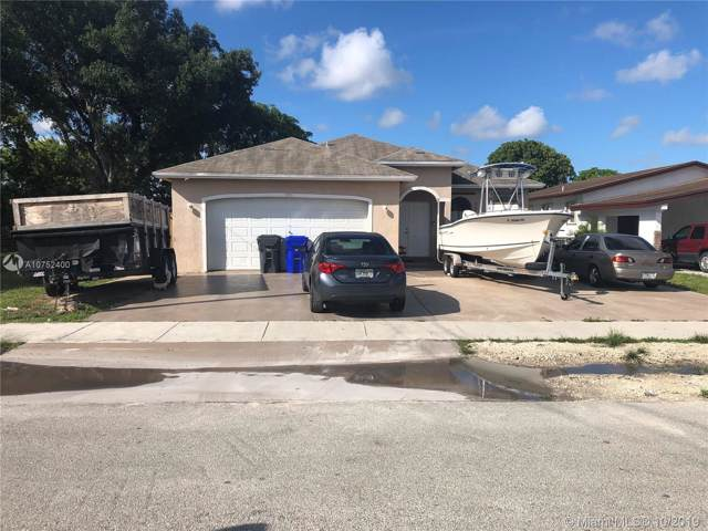 5735 SW 19 ST, West Park, FL 33023 (MLS #A10752400) :: RE/MAX Presidential Real Estate Group