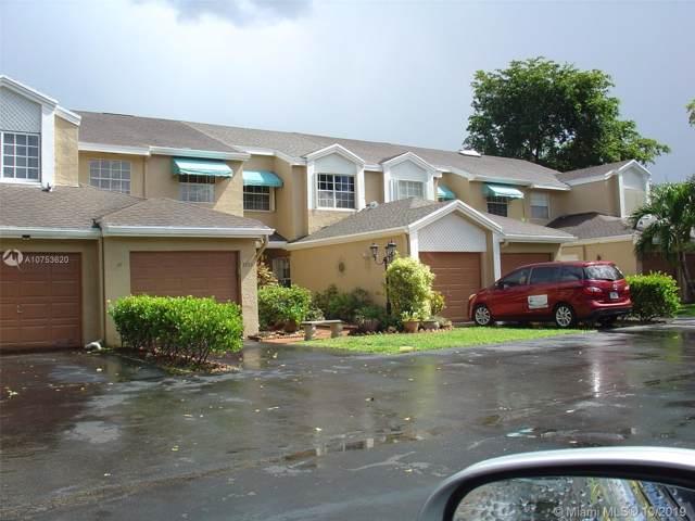 7105 Woodmont Way, Tamarac, FL 33321 (MLS #A10753620) :: The Erice Group