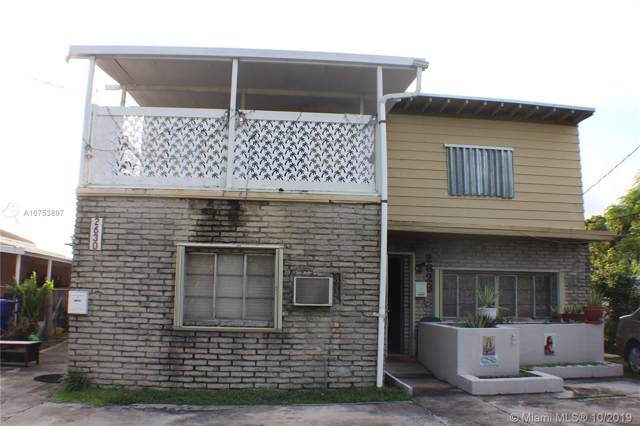 2628 SW 31st Pl, Miami, FL 33133 (MLS #A10753897) :: Grove Properties