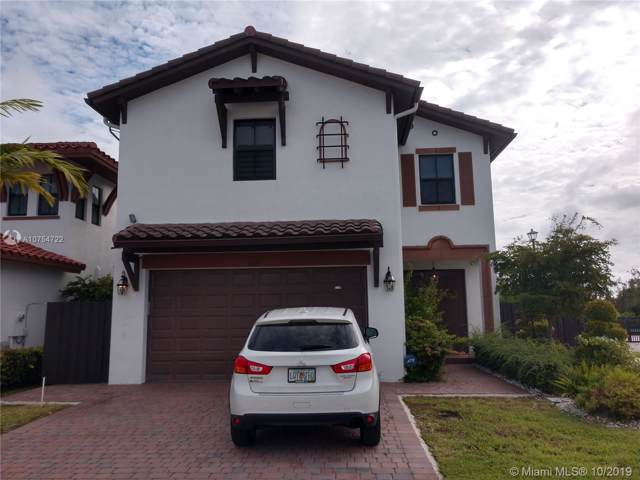 8605 NW 102nd Ct, Doral, FL 33178 (MLS #A10754722) :: Castelli Real Estate Services