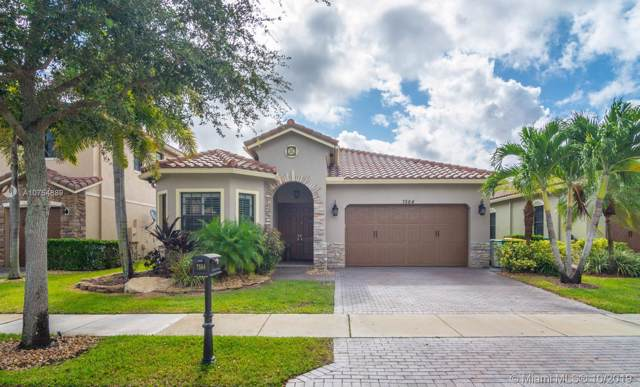 7564 NW 113th Ave, Parkland, FL 33076 (MLS #A10754889) :: United Realty Group