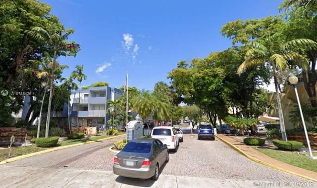 9371 Fontainebleau Blvd I101, Miami, FL 33172 (MLS #A10755426) :: Grove Properties