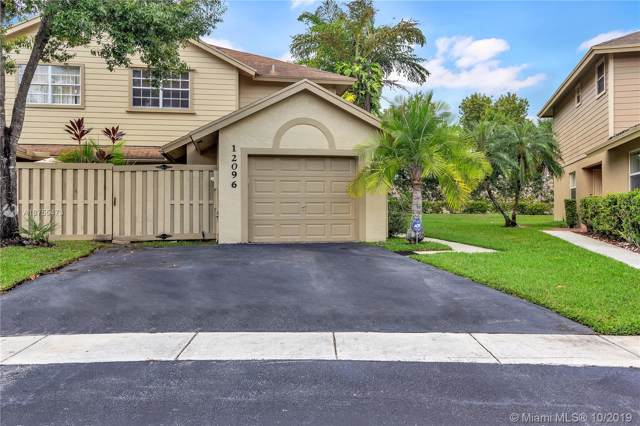 12096 NW 42nd St, Sunrise, FL 33323 (MLS #A10755473) :: Castelli Real Estate Services