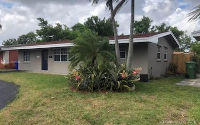 7701 NW 16th Ct, Pembroke Pines, FL 33024 (MLS #A10755578) :: Patty Accorto Team