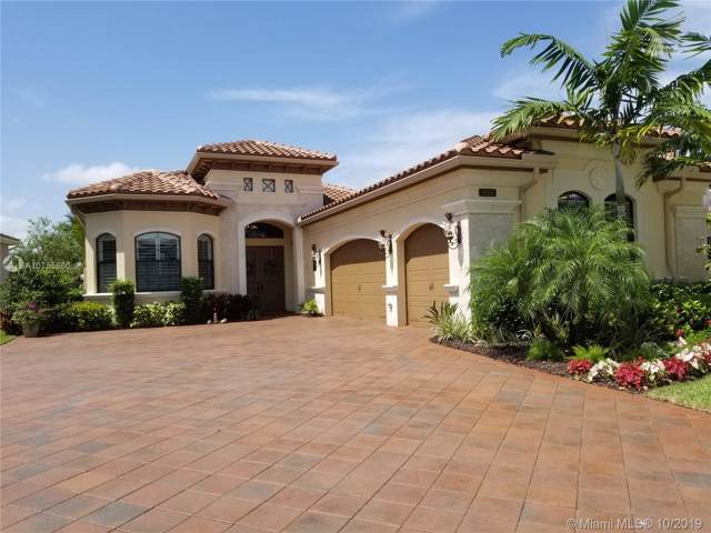 9850 Vitrail Lane, Delray Beach, FL 33446 (MLS #A10755660) :: Castelli Real Estate Services